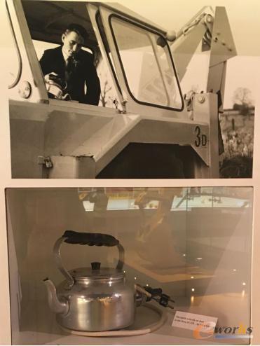 早期JCB的驾驶室配备电茶壶