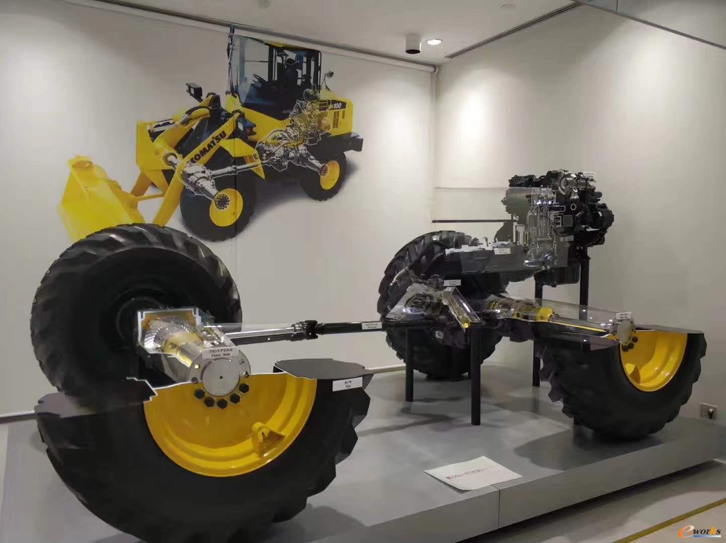 小松展示的工程机械产品