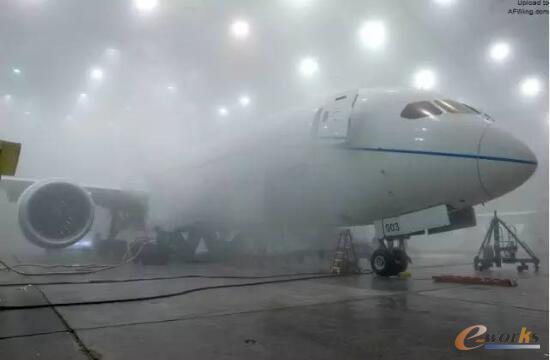 787在这个机库做自然结冰测试,不用等天,想做就做