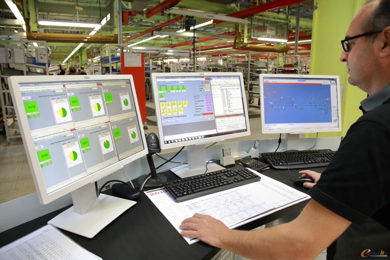 SEW工厂内小型智能工厂单元控制台