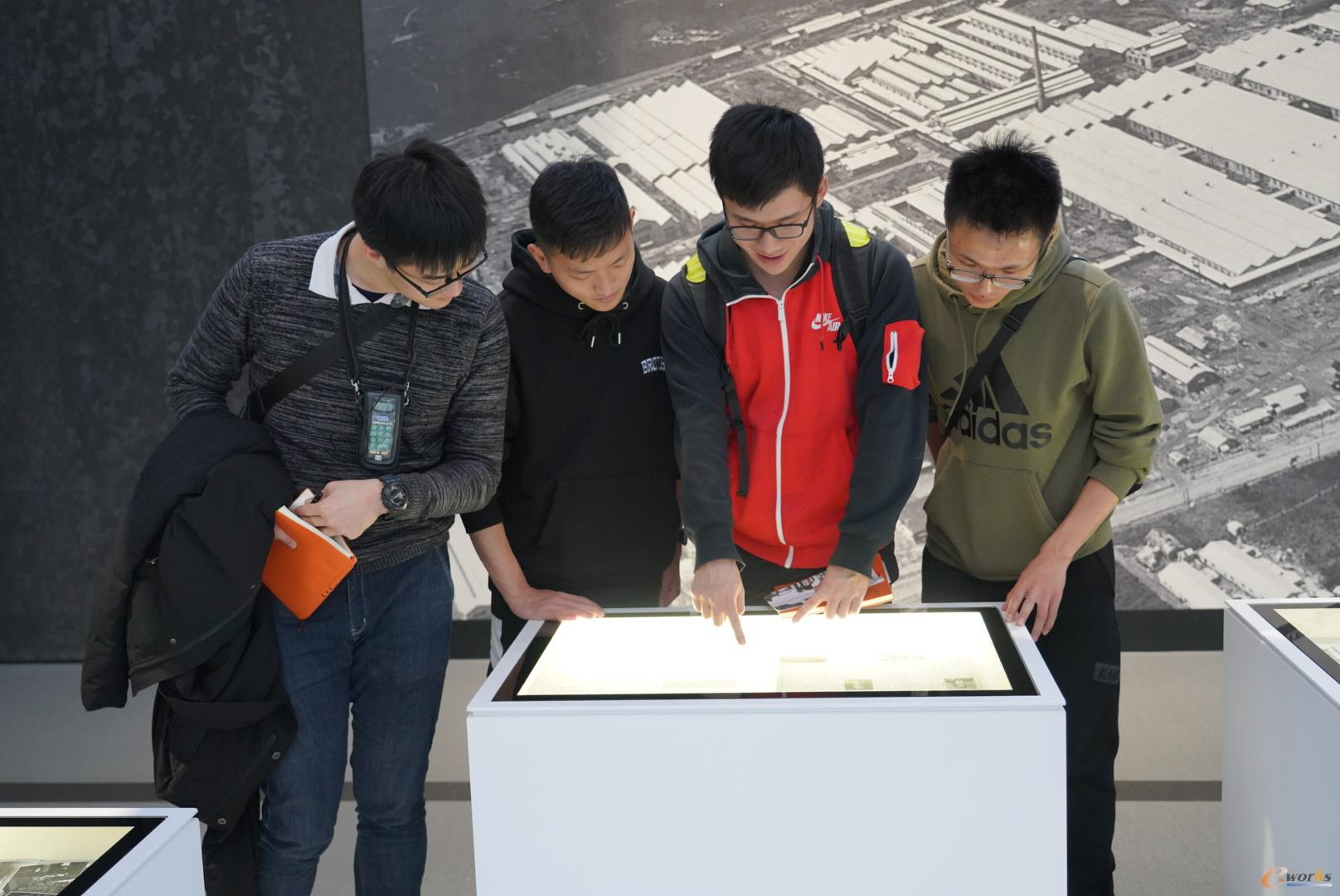 丰田产业技术纪念馆参观