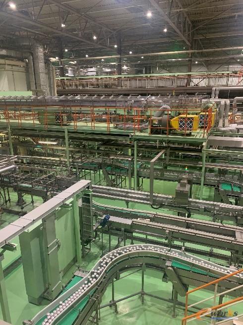 朝日啤酒立体化的生产线