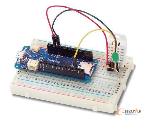 Arduino和类似的微控制器,是创客社区的重要组成部分,帮助爱好者实现计算和自动化项目