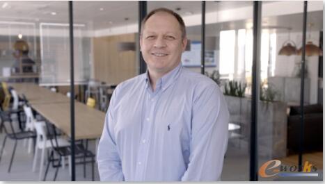 Richard Vinardi 欧舒丹集团M&L实验室公司行业总监