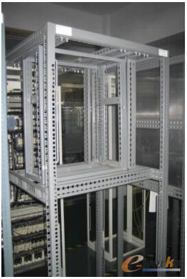 电气控制柜铆接结构模块化设计