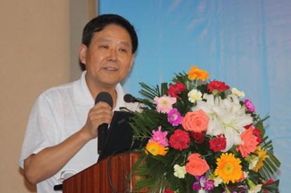 caxa市场部副总经理李海峰博士给